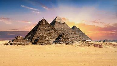 telar_pyramids-2159286__340